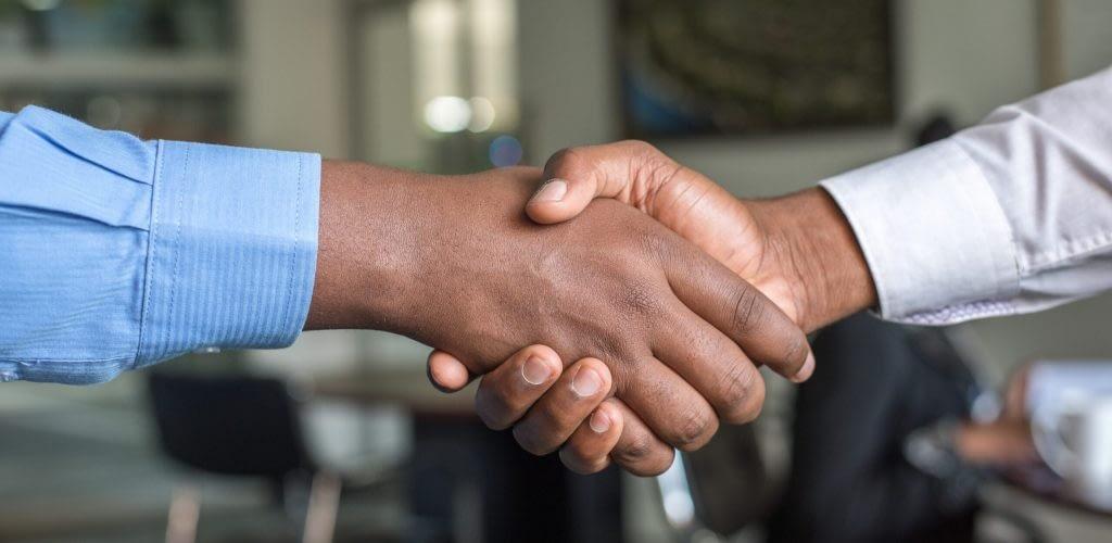 Handshake Business 1